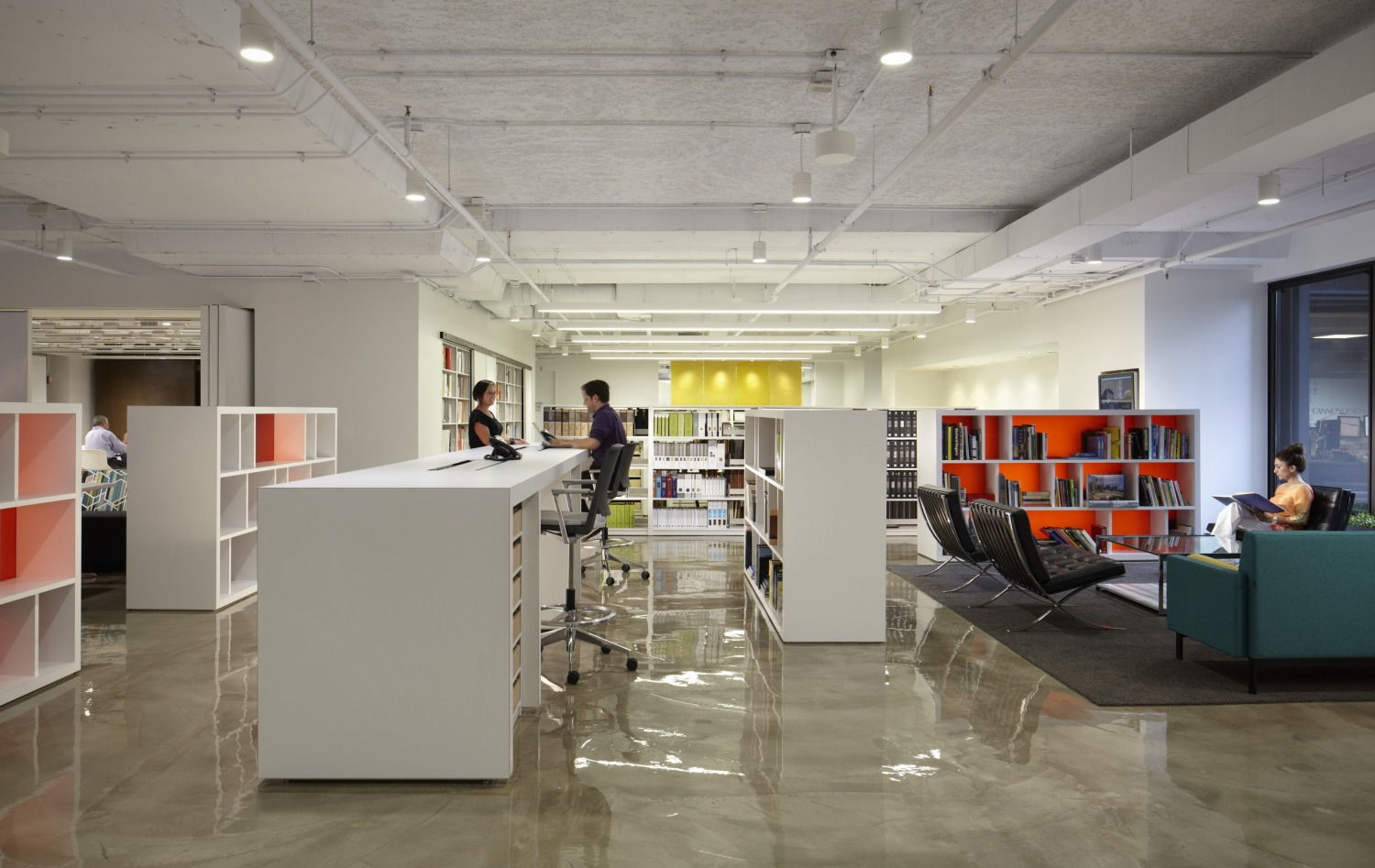 Cannondesign S Chicago Office Driving Teamwork