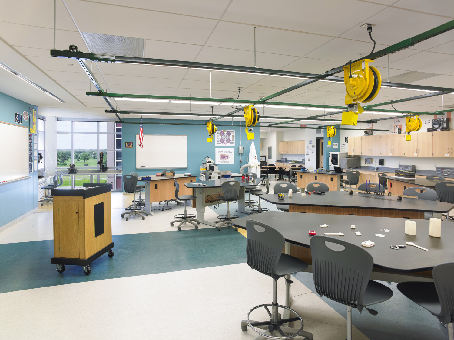Niagara Falls School District STEM Classrooms and Buildings