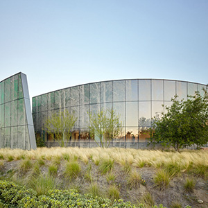 Kaiser Permanente Radiation Oncology Center - Healthcare Architecture and Design