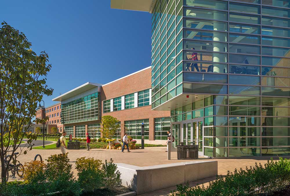 Worcester Polytechnic Institute's Sports & Recreation Center